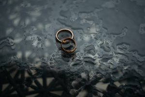 wedding-rings-on-black-lace