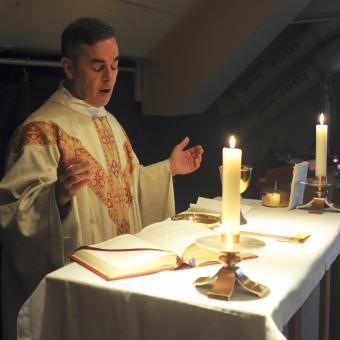 priest-at-altar