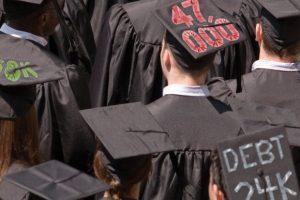 Graduates_iStock_kickstand_rev