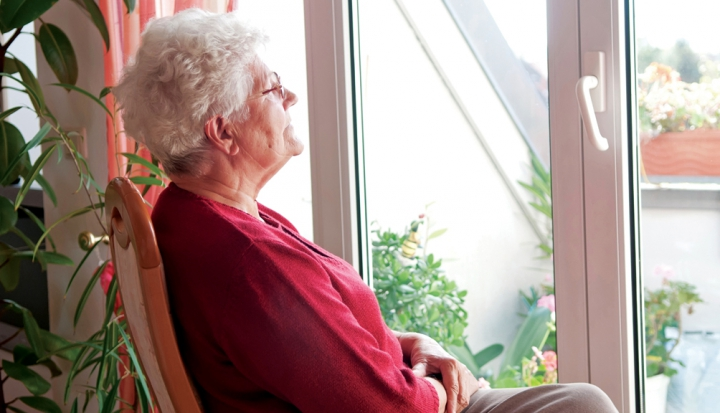 Alzheimers_Lady_iStock19202035