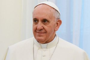 Pope-Francis-in-white-cassock-and-zuchetto