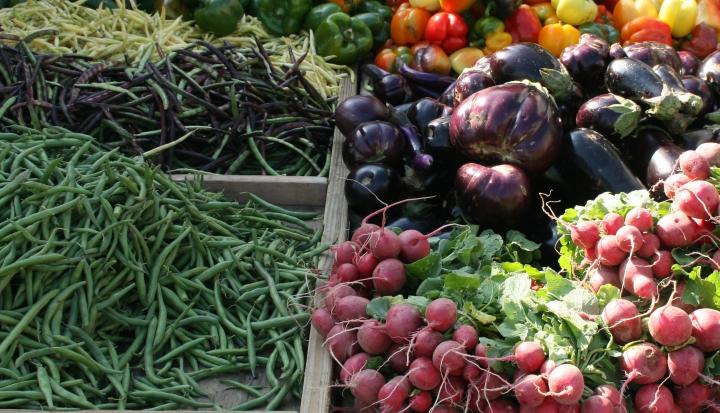 farmer's market_Flickr_Cliff