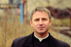 priest_Flickr_PavalHadzinski