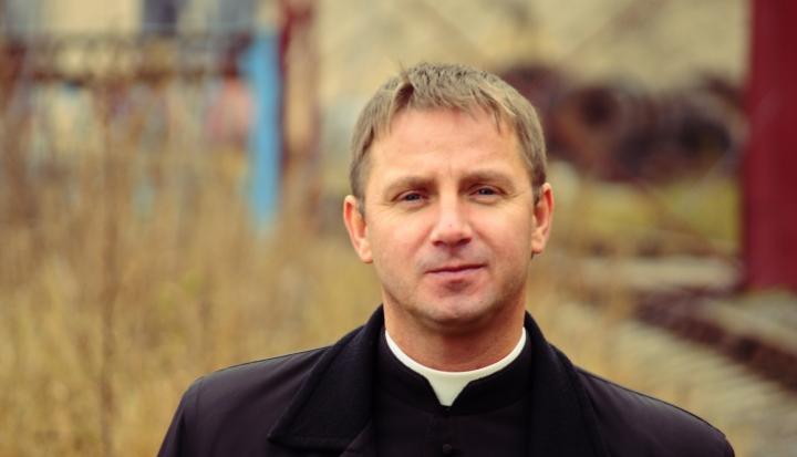 priest_Flickr_PavalHadzinski