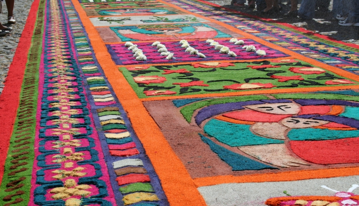 alfombra for Holy Week_Flickr