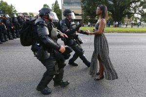 REUTERS_Nonviolence
