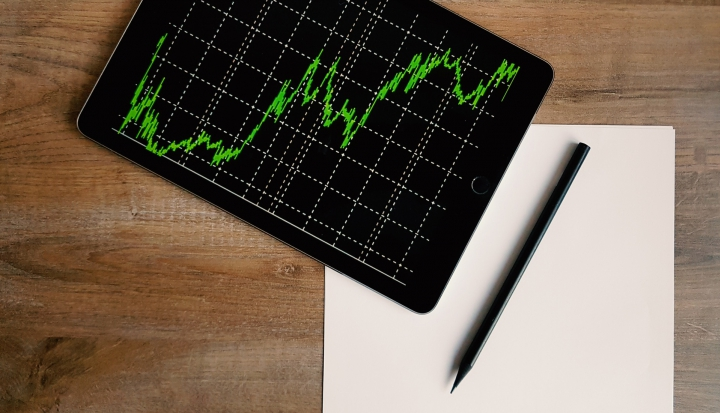 graph and card_stocksnap
