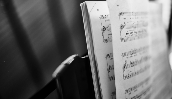 sheet-music-on-stand