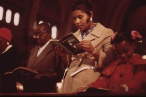 WORSHIPPERS_AT_HOLY_ANGEL_CATHOLIC_CHURCH_ON_CHICAGO'S_SOUTH_SIDE