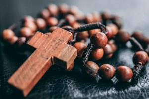 prayer beads PC_unsplash
