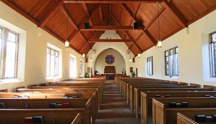 church closings_unsplash