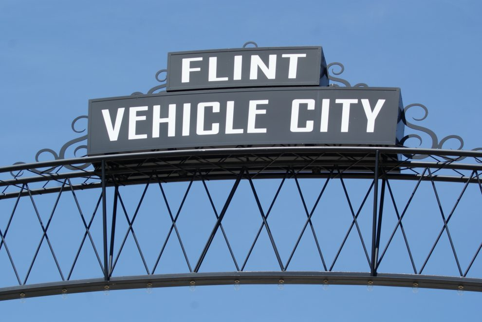 sign-reading-flint-vehicle-city