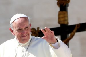 pope-francis-waving