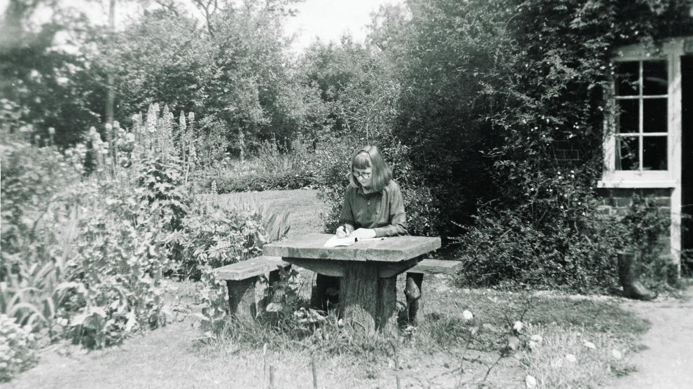 caryll-houselander-sitting-outside