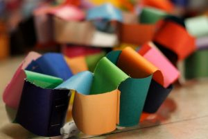 colorful-paper-chain