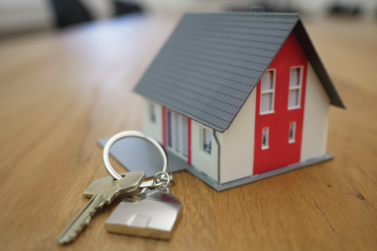 a-house-and-set-of-keys
