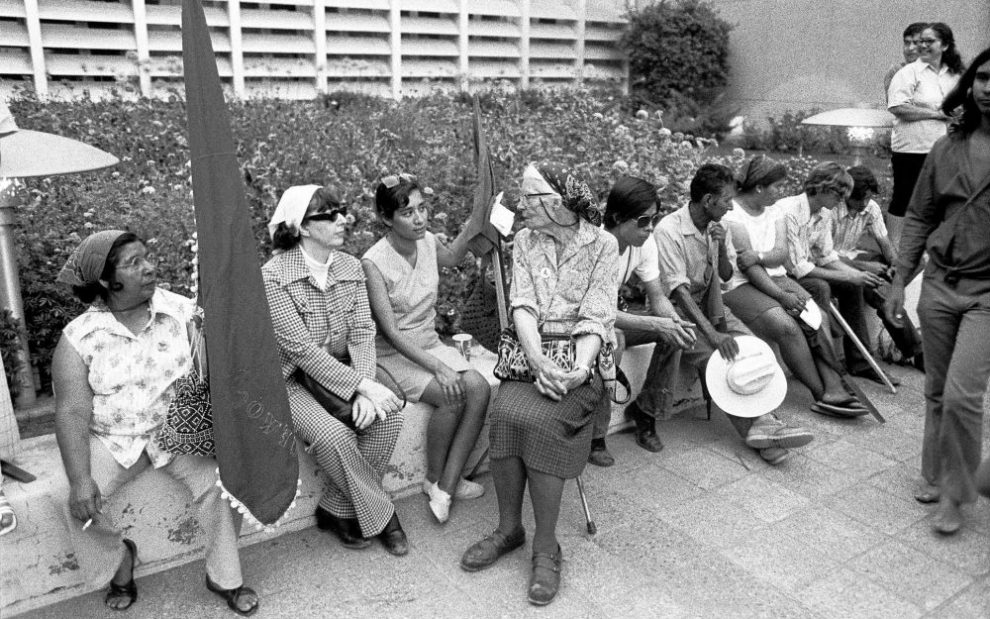 dorothy-day-outside-bakersfield-courthouse