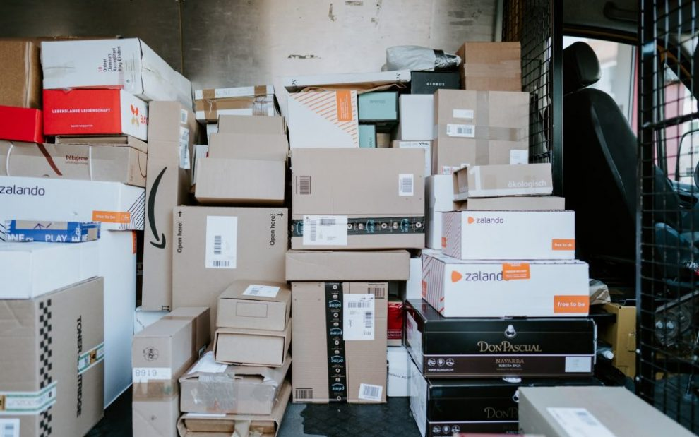 pile-of-packages-ready-to-ship